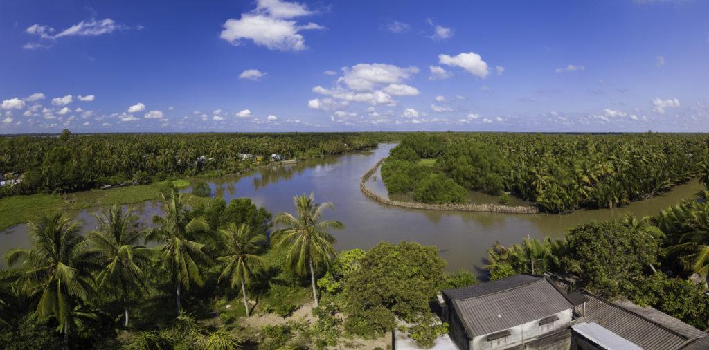Cảnh đẹp bến tre được chụp từ flycam của Trần Hùng Anh, một bạn đam mê nghiếp ảnh của nhóm Memories.vn