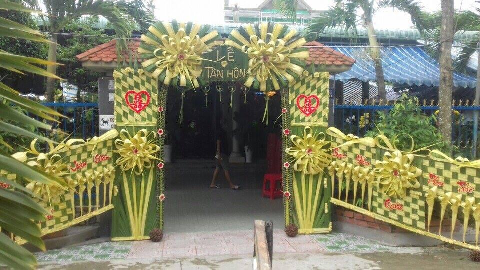 21761359 2154437797915893 763750459152251636 n Đẹp mê hồn những cổng nhà bằng lá dừa độc đáo ở miền Tây