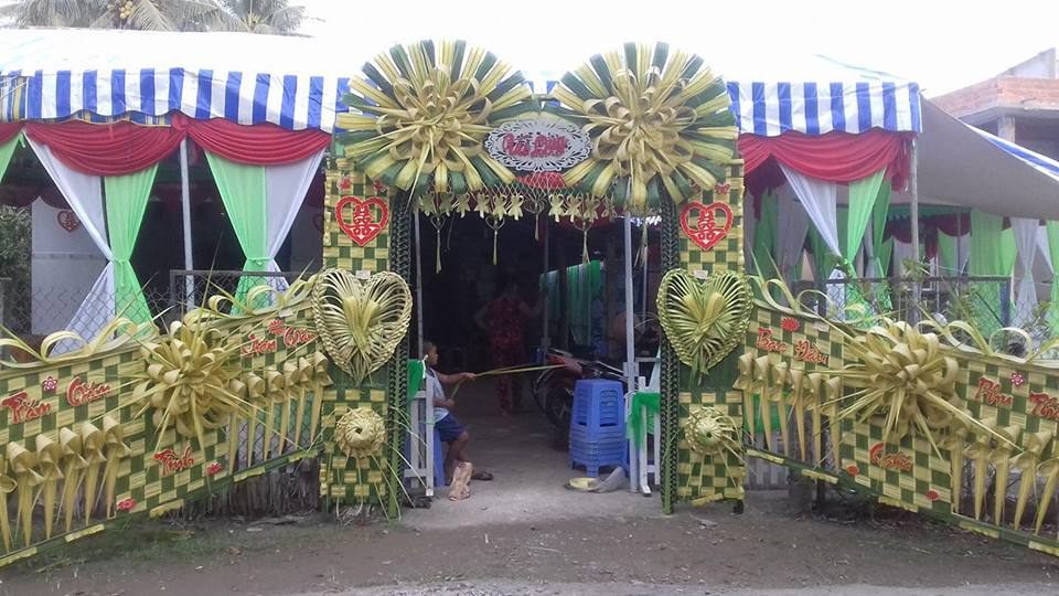 23172674 2212531222106550 2312658921008515813 n Đẹp mê hồn những cổng nhà bằng lá dừa độc đáo ở miền Tây