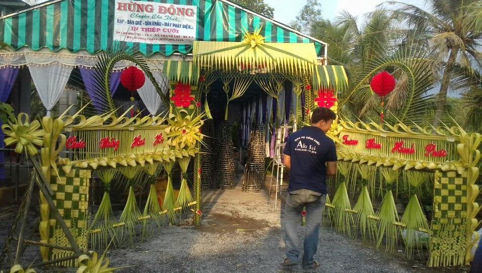 23472468 2224510854241920 8544379721119359419 n Đẹp mê hồn những cổng nhà bằng lá dừa độc đáo ở miền Tây