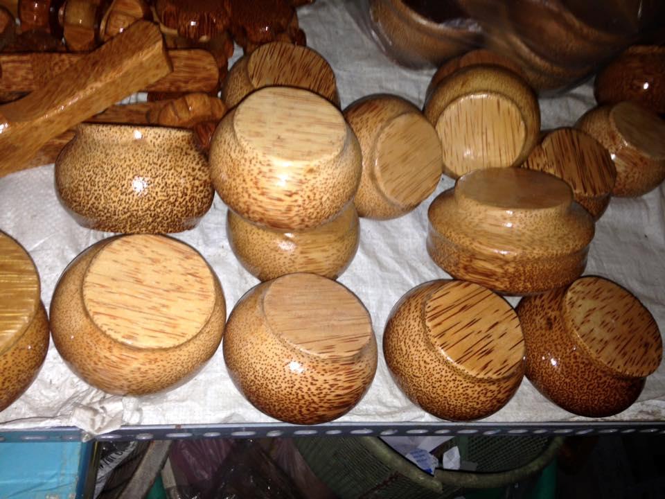 12243158 1314117855281229 7879966063872321036 n Nghệ thuật đặc sắc từ thân cây dừa ở Bến Tre không phải ai cũng biết