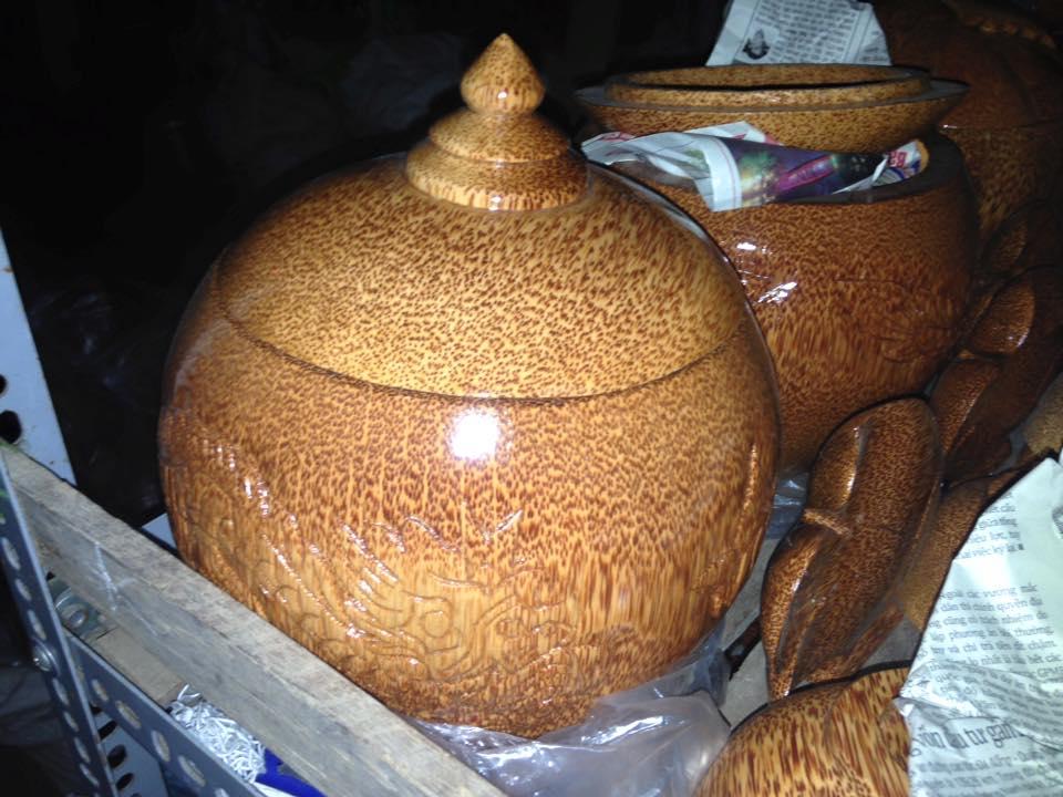 12278683 1314117895281225 8250393921782360071 n Nghệ thuật đặc sắc từ thân cây dừa ở Bến Tre không phải ai cũng biết