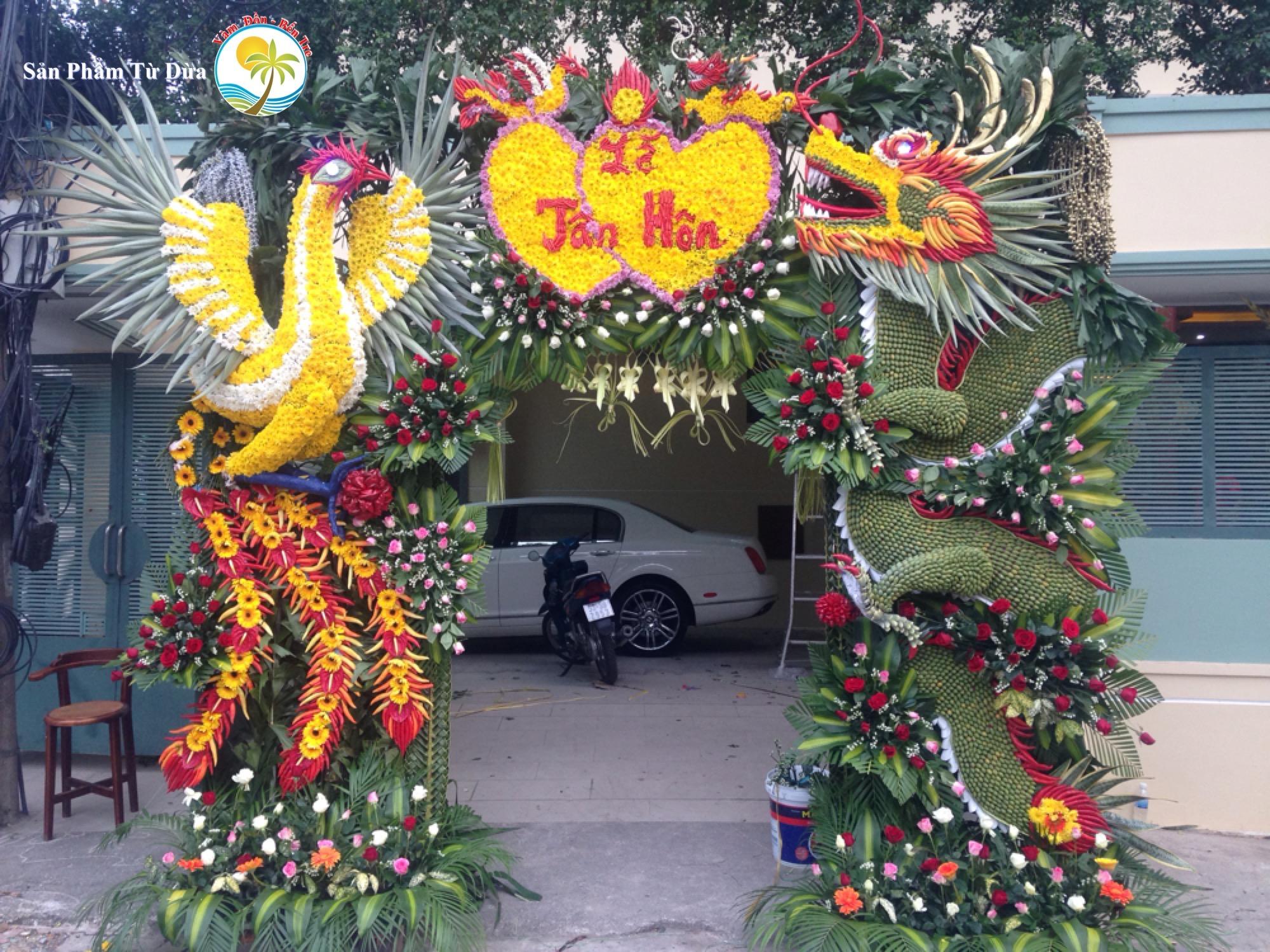 """IMG 5014 Cổng cưới lá dừa Miền Tây """"mộc nhưng chất"""", hoành tráng không kém cổng hoa giả của đám cưới Việt"""