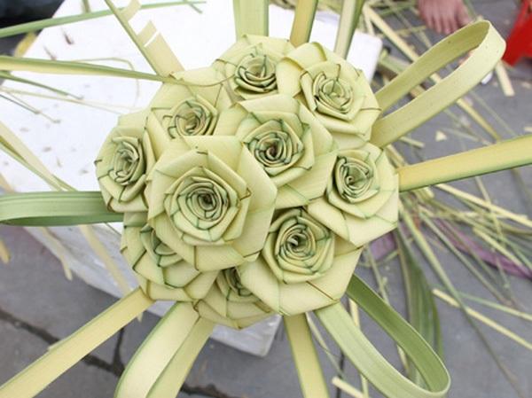 Hoa dừa đẹp đâu kém gì hoa hồng.