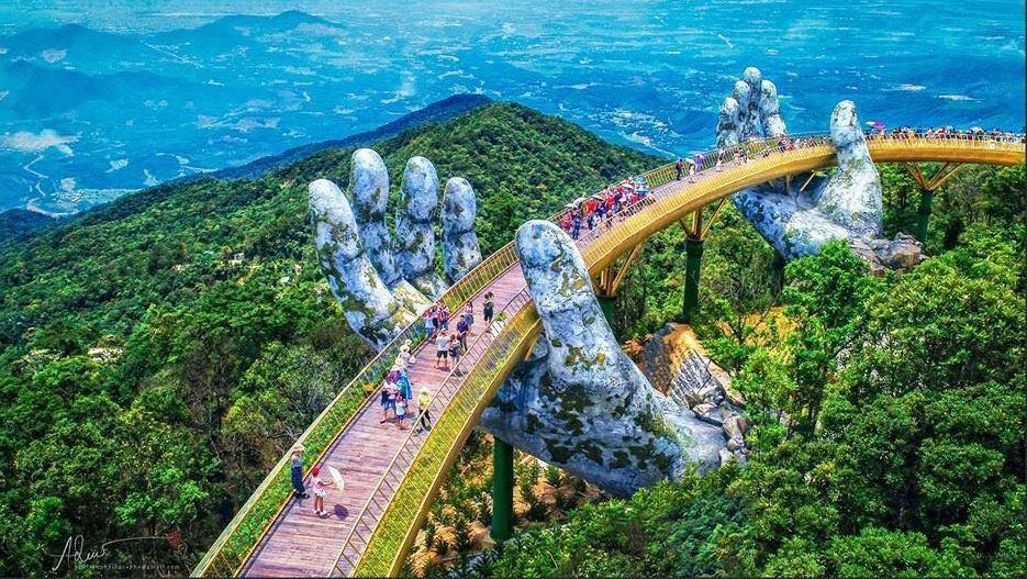 Cầu Vàng Đà Nẵng – Cây cầu của Việt Nam gây sốt trên toàn thế giới khi xuất hiện trên Instagram nghệ thuật nổi tiếng