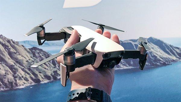 Flycam  DJI Mavic Air giá rẻ camera 4k chất lượng cảm biến 3D