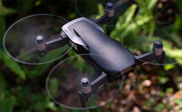 chụp panorama hình cầu với độ phân giải 32MP. DJI trang bị cho Mavic Air hệ thống tự lái Flight Autonomy 20
