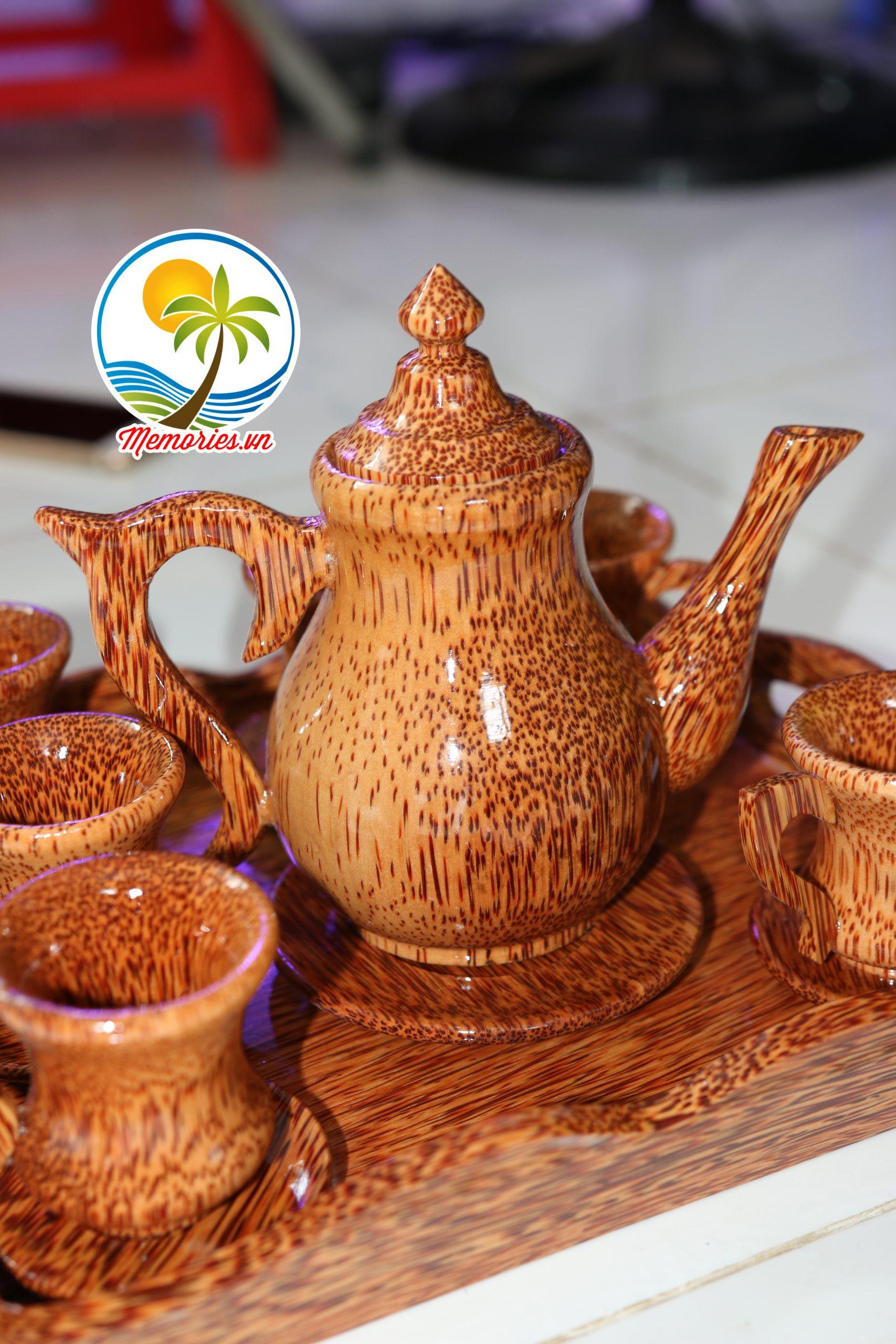 IMG 3642 scaled Bộ Bình Trà Cổ Cao / Khay Rượu Bằng Gỗ Dừa - Quà tặng trang trí handmade - Decor Craft Gifts Shop