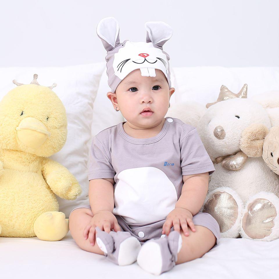 Quần Áo Body Chuột Xám Cho Bé Từ 4-15kg - Dòng Cotton Cao Cấp 4 Chiều (Kèm Nón + Vớ)